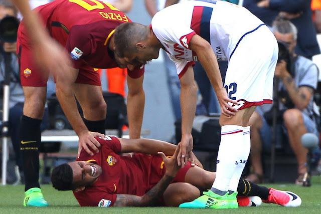 Emerson Palmieri bek kiri roma cedera