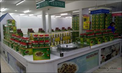 Tempat penjualan kuliner Vegetarian di Kehidupan Tidak Pernah Berakhir