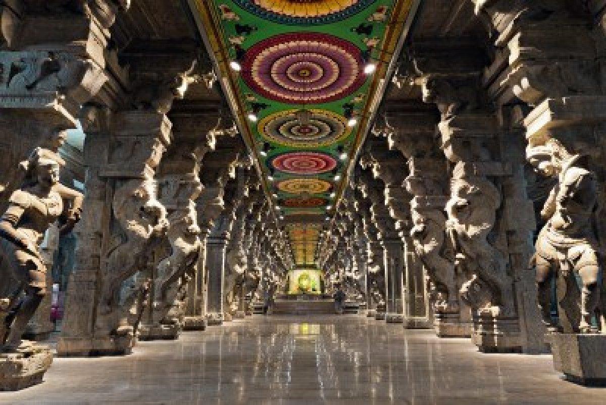 Madhura Meenakshi Temple India