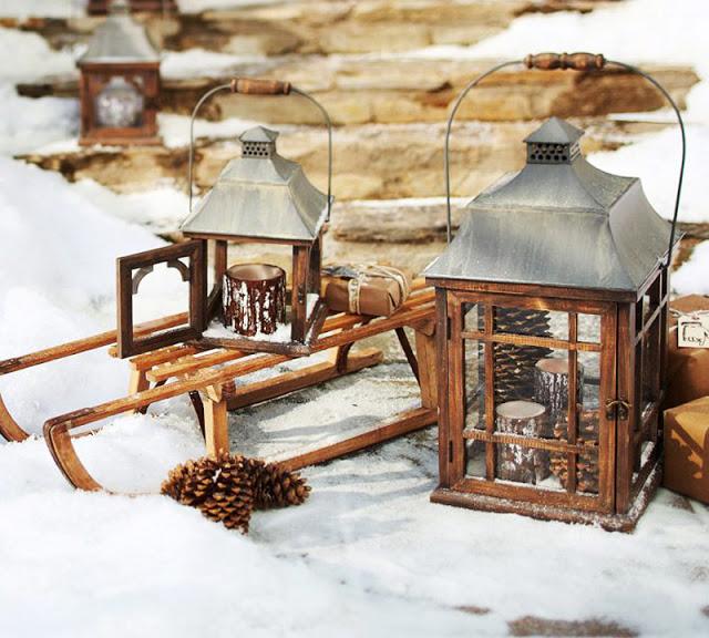 Χριστουγεννιάτικη διακόσμηση εξωτερικού χώρου
