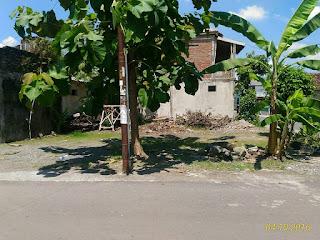 http://www.limasanjati.com/2016/05/tanah-pekarangan-hook-di-jl-imogiri_3.html#more
