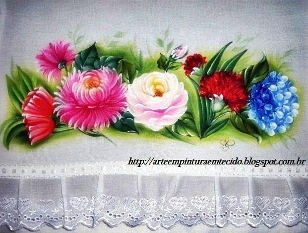 pintura em tecido pano de prato com flores