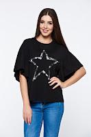 Tricou negru casual din bumbac elastic cu croi larg cu aplicatii cu perle •