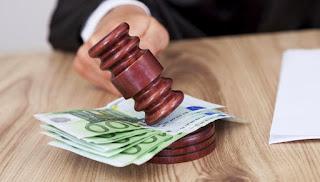 Abogados en diversas áreas del Derecho