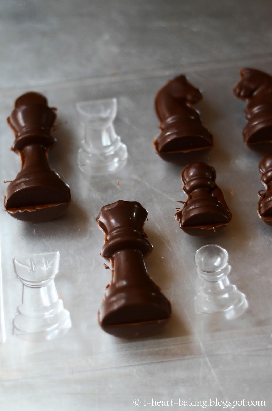 I Heart Baking Chess Cake With Handmade Chocolate Chess