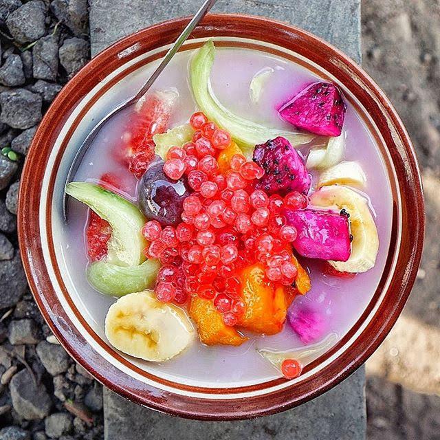 Sop buah ndelik sangat cocok diminum saat siang hari
