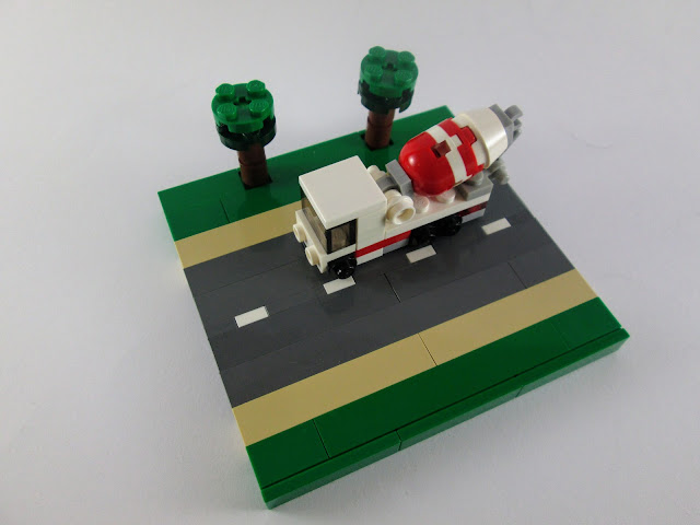MOC LEGO Camião betoneira