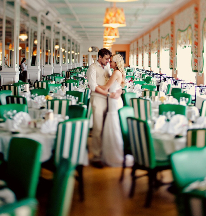 Green-White-Wedding-Inspiration