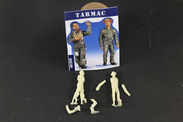 Figurine Gaso-line et Tarmac 1/48