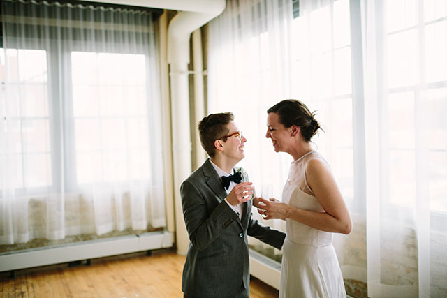 Cheers to being married! | Photography by Jessica Holleque