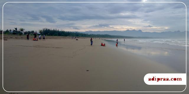 Panorama Pantai Teleng Ria di Pagi Hari | adipraa.com
