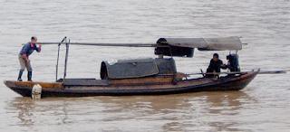 Perahu sampan