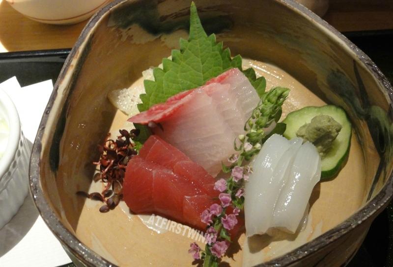 sashimi tuna squid Mimiu (美々卯) Shinsaibashi