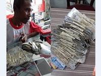 Demi HP Baru Untuk Sang Anak, Ayah Ini Berusaha Keras Untuk Mengumpulkan Uang