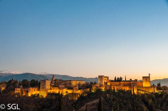 La Alhambra desde el mirador de San Nicolas. Los imprescindibles de Granada