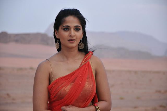 Anushka Shetty In Bikini HD Images