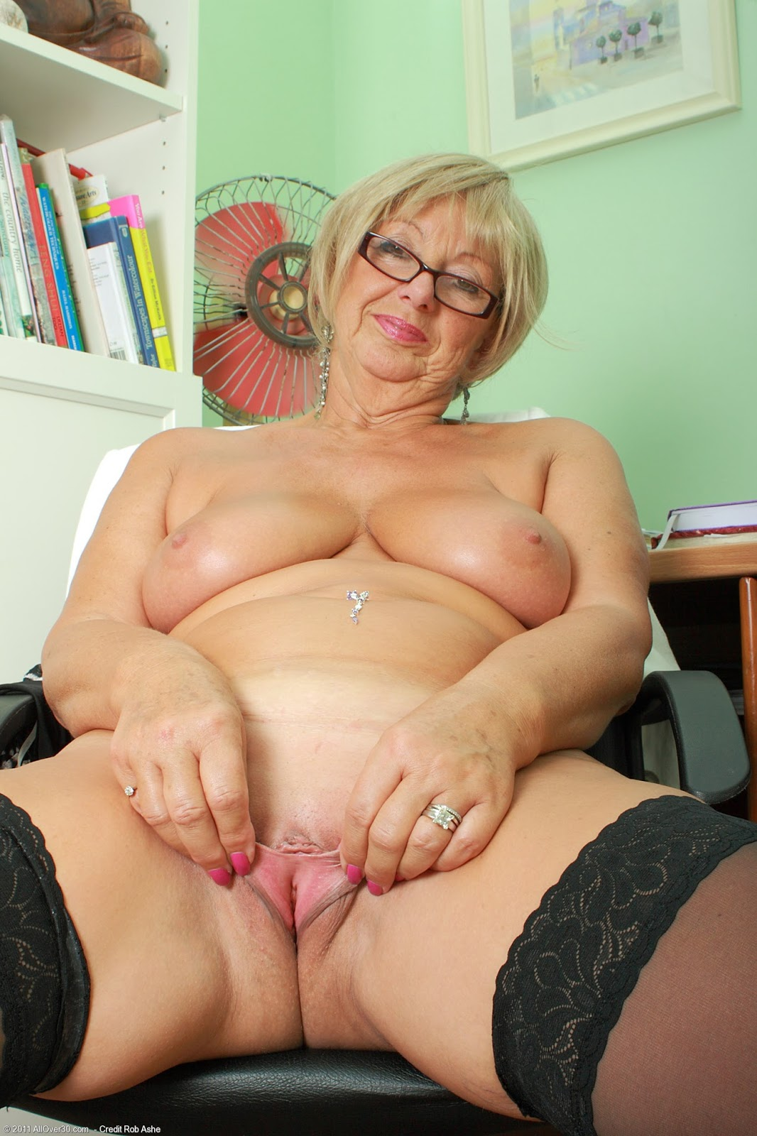 Mature hot women porn-6212