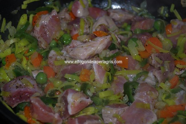 Añadir la carne al sofrito