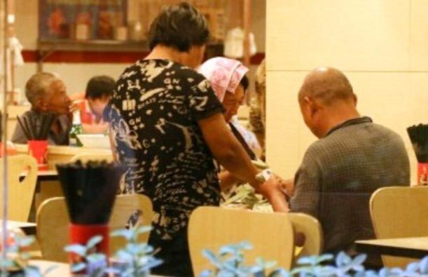 Kehidupan Siang Miskin, Malam Kaya Seorang Pengemis Di China Yang Mengejutkan