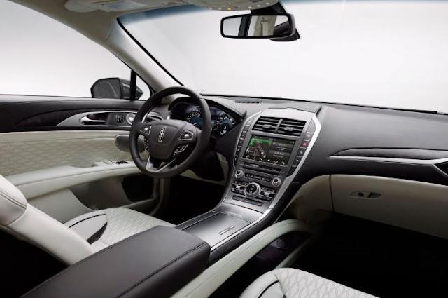 2017 Lincoln MKZ 3.0T AWD INTERIOR
