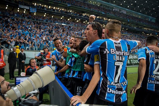 1cc48a9abf O sonho do tricampeonato da Copa Libertadores da América está muito perto de  se concretizar para o Grêmio. Nesta quarta-feira