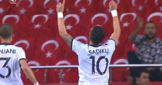 İstanbul Başakşehir to buy Armando Sadiku for a considerable sum