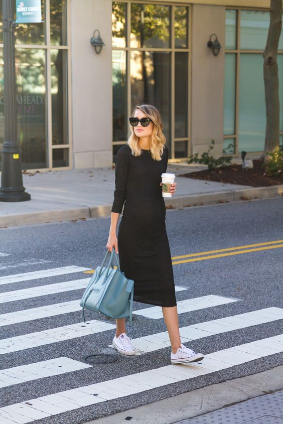 Cool pregnancy style - stretchy knit garments