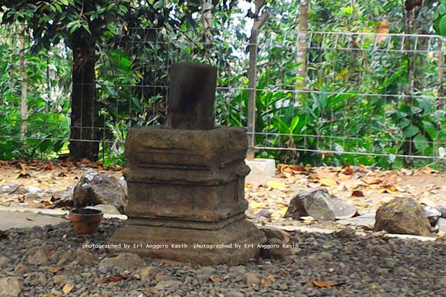 Lingga dan Yoni di Kota Tasikmalaya