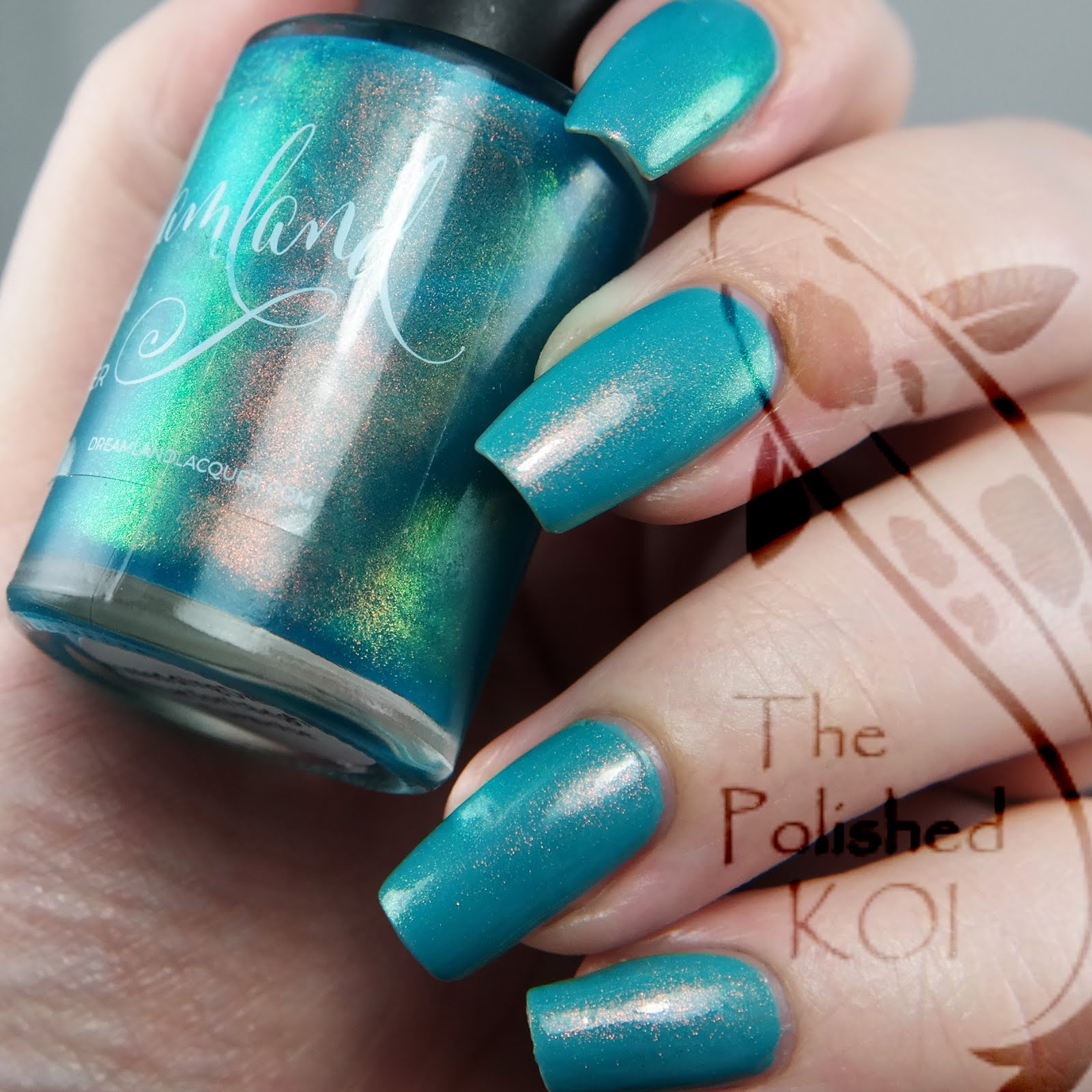 Turquoise Nails for Wedding Dress