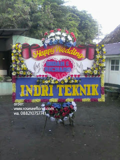 Bunga Papan Wedding