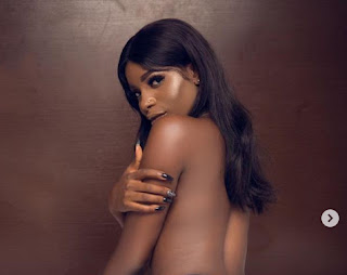 Nigerian Lady Who Calls Herself 'The World's Greatest Nudist' Celebrates 23rd Birthday By Going Completely Naked (+18 photos)