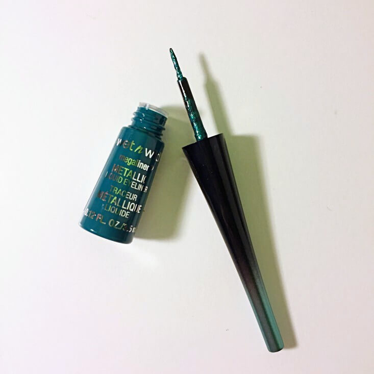 wet n wild Fantasy Makers megaliner Metallic Liquid Eyeliner Goblin Green