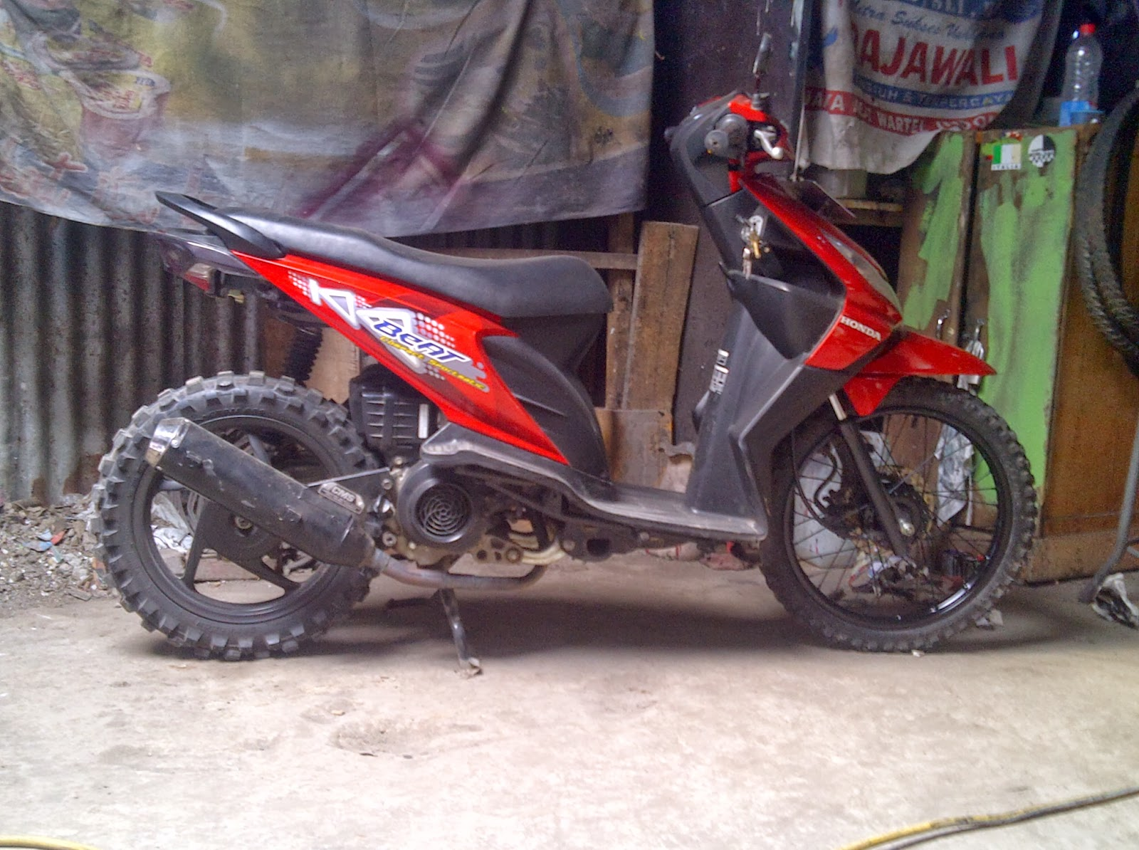 Modifikasi Honda Beat Trail
