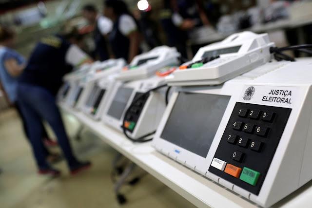 2.400 urnas foram substituídas em todo o país, diz balanço final do TSE