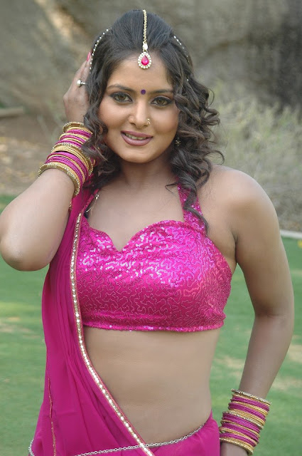 Latest Photos Of Bhojpuri Actress Anjana Singh Hot Image -6971