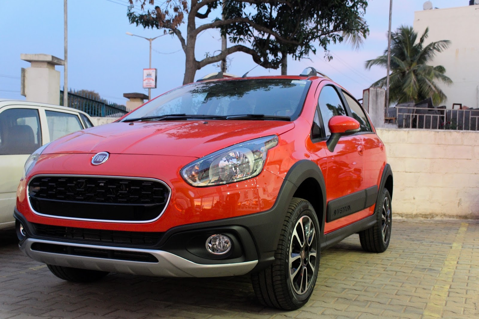 Review of Fiat Avventura - Indian Car Reviews