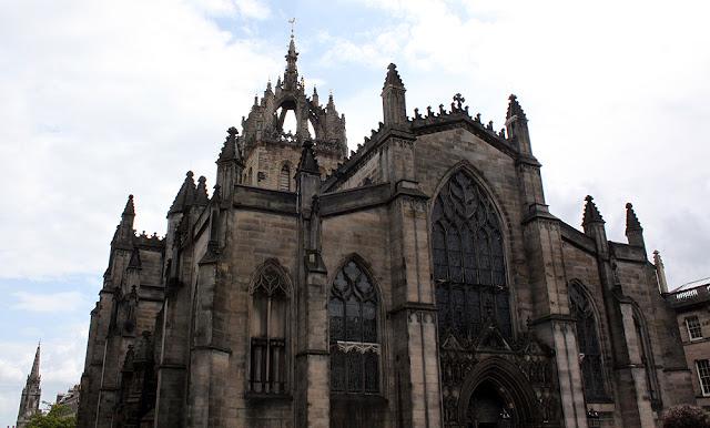 Ensikosketus Edinburghiin 15