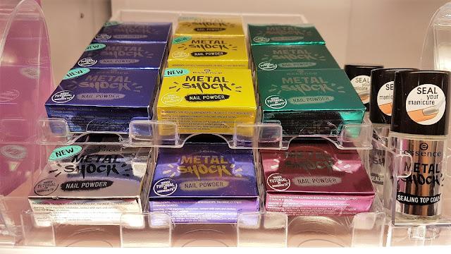 novità essence - pigmenti metal shock nail powder_01