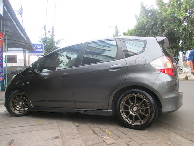 velg honda jazz ring 18