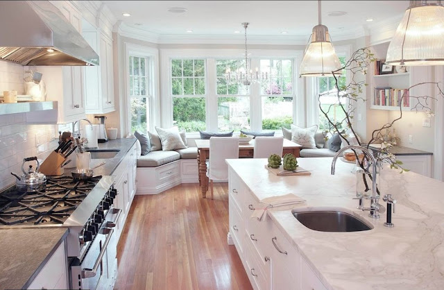 eat in kitchen bay window banquette seating