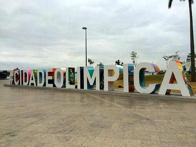Instalação Cidade Olímpica na Praça Mauá RJ