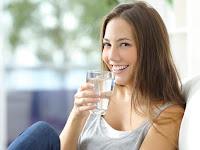 Manfaat air putih untuk tubuh