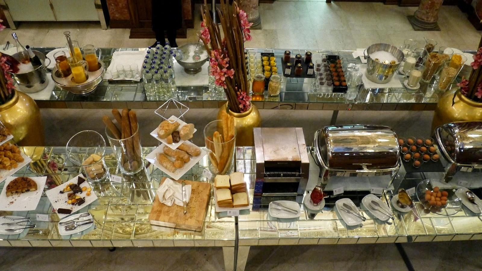 New York Cafe Budapest breakfast buffet