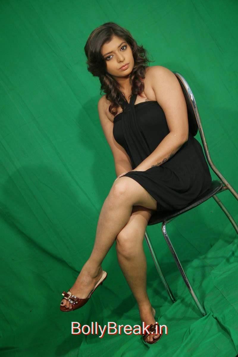 Sridevi Stills, Hot HD Pics Of Sridevi From Romantic Target Movie