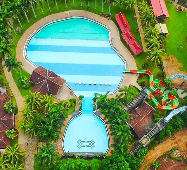 kolam renang tabek indah resort