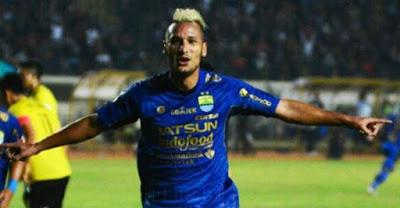 Persib Bandung Lepas Raphael Maitimo
