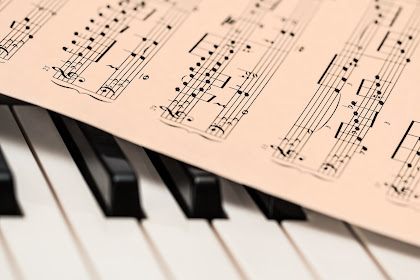 Pengertian Seni Musik Karakteristik  Ruang Lingkup Serta Fungsinya
