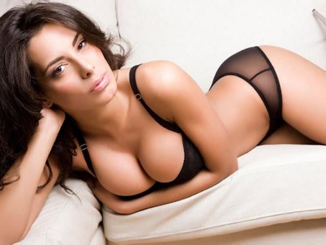 Hot girls Raffaella Modugno sexy Miss Italia