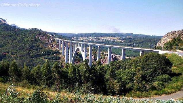 ponte-gundian-rio-ulla-camino-de-santiago-de-invierno-womantosantiago