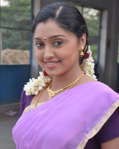 Tamil Mallu Actress Hot Photos In Kozhi Koovuthu Movie -4062